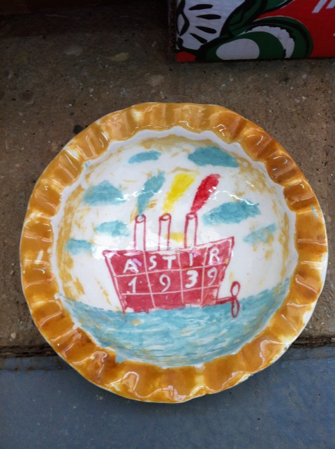 Dov Heller, the Ship Astir, paint on ceramic plate, 2015