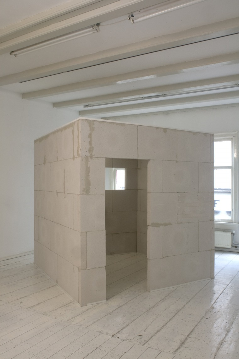 Joseph Sassoon Semah, MaKOM (The Doubling of the House), 200X200X200 cm, cement blocks, with entrance and window, 1979-2019 Photography: Ilya Rabinovich Courtesy of Joseph Sassoon Semah