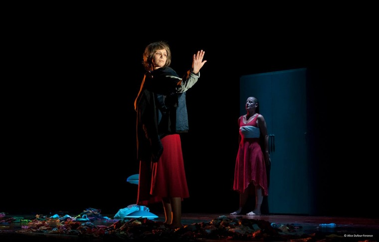 سرحيّة الخريف، مشهد، بينالي الرباط لحظة قبل الكون.  المسرح الوطني محمد الخامس، الرباط، 2019