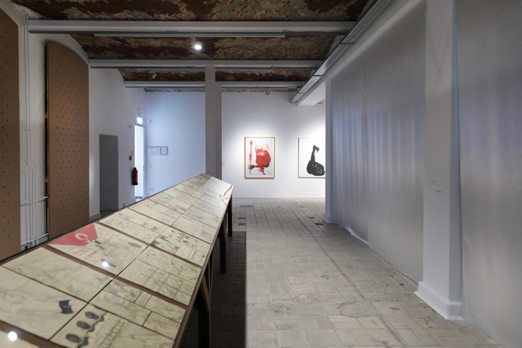 Zehra Doğan, Xêzên Dizî [The Hidden Drawings], 2018–20 Charcoal pencil and marker pen on letters that were sent to the artist by a friend Installation view, 11th Berlin Biennale, KW Institute for Contemporary Art, 5.9.–1.11.2020 Courtesy Zehra Doğan, Pho