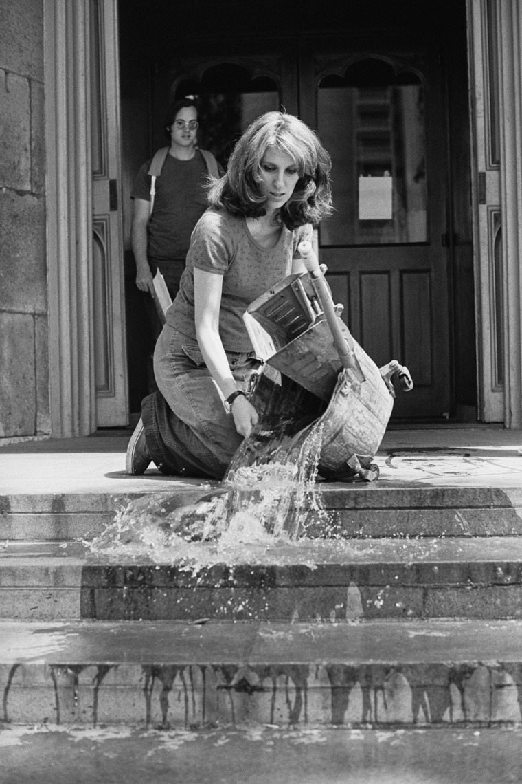 Mierle Laderman Ukeles  Washing / Tracks / Maintenance:  Outside, 1973  Part of Maintenance Art performance series, 1973-1974  Performance at Wadsworth Atheneum, Hartford, CT  © Mierle Laderman Ukeles  Courtesy the artist and Ronald Feldman Gallery, New Y