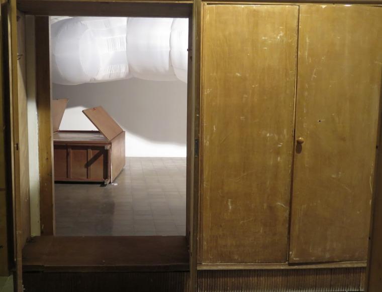 """""""On a Clear Day"""" exhibition, featuring works by Adi Weizmann, Noa Tavori, Dorit Figovich Goddard. Courtesy of Barbur Gallery"""