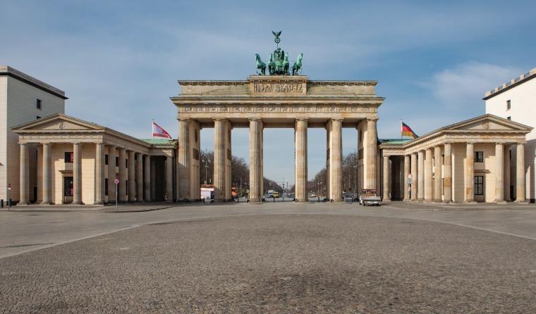 Berlin, deserted.  Photography: Merav Maroody, April 2020