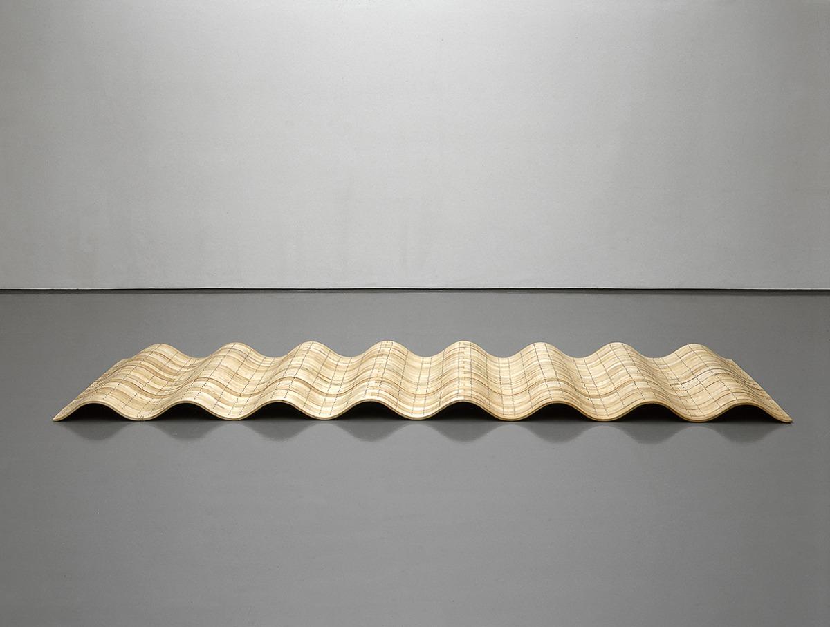 Richard Deacon, UW84DC #9, 2001Wood (bent ash), aluminium