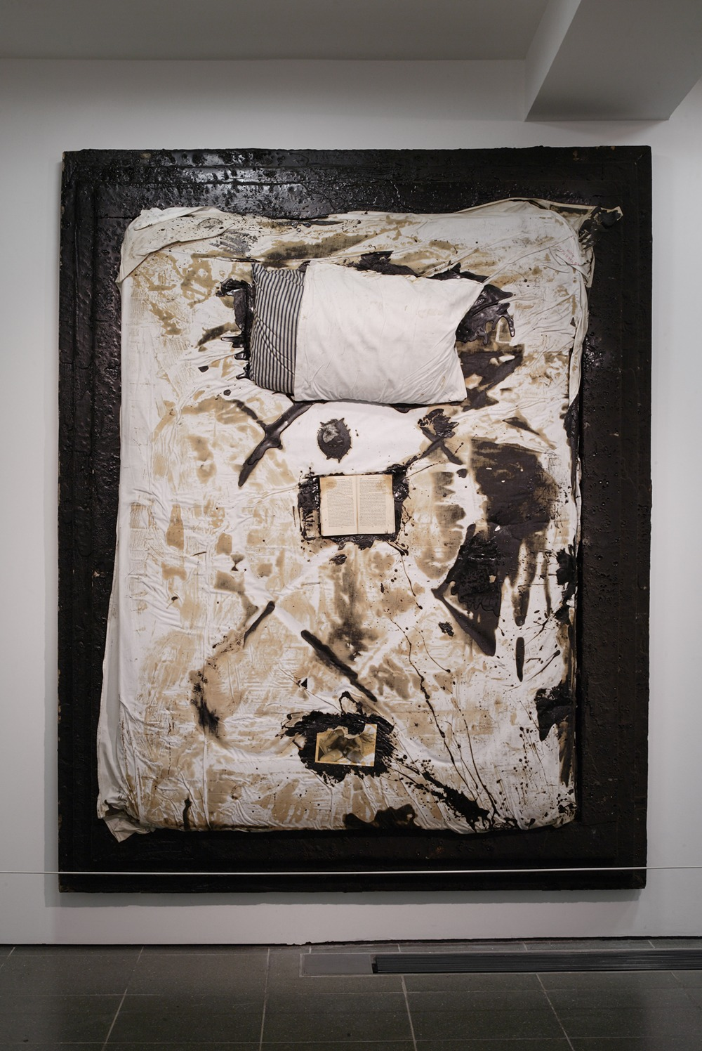 Derek Jarman, Bed (IV), 1988-89, installation photograph from Brutal Beauty at Serpentine Galleries, 2008, photo: Sylvain Deleu