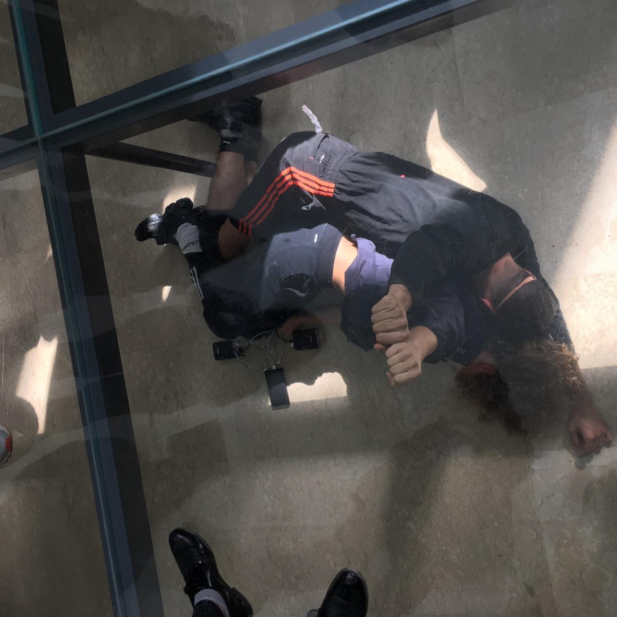 ענאד מערוף וקטיה צ'רנבה מתוך: אן אימהוף, פאוסט, 2017, הביתן הגרמני, הביאנלה ה-57 בוונציה  צילום: תומר ספיר