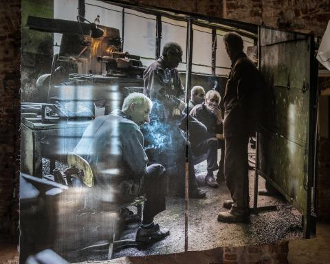 נוראיר קספר, Steel Life  מס' 41, 2015 © נוראיר קספר