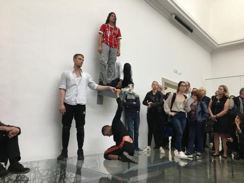בילי בולת'יל, ג'ון ג'ונסון, פרנסס קיאבריני וענאד מערוף מתוך: אן אימהוף, פאוסט, 2017, הביתן הגרמני, הביאנלה ה-57 בוונציה  צילום: תומר ספיר