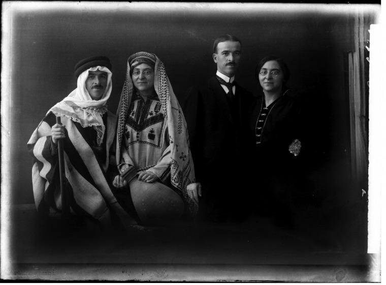 אברהם סוסקין, מרדכי וצפורה שכביץ, 1920