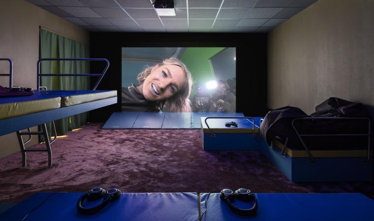 ליזי פיץ'/ריאן טרקרטין, (תיאטרון פיסולי, בינתיים ללא כותרת), 2016. מראה הצבה