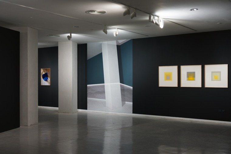 Oran Hoffmann, from the series Le Cinquième Mur From Objektiv: Josef Albers, Oran Hoffmann, Tel Aviv Museum of Art, 2014. curator: Dalit Matatyahu. Courtesy of the artist