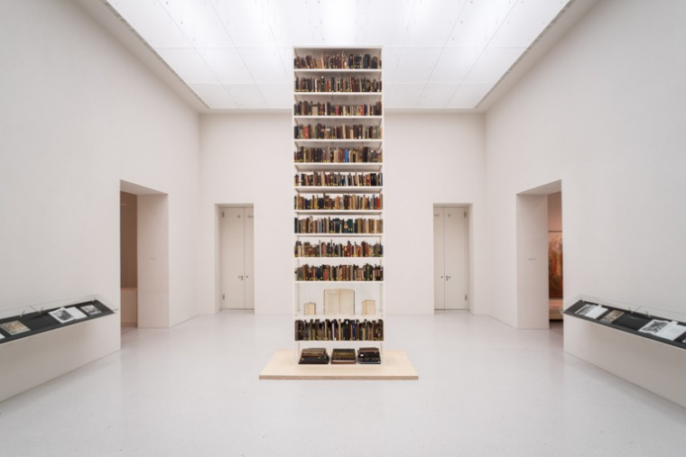 [Image: Maria Eichhorn, Unlawfully acquired books from Jewish ownership, installation view, Neue Galerie, Kassel, documenta 14, © Maria Eichhorn / VG Bild-Kunst, Bonn, 2017, photo: Mathias Völzke]