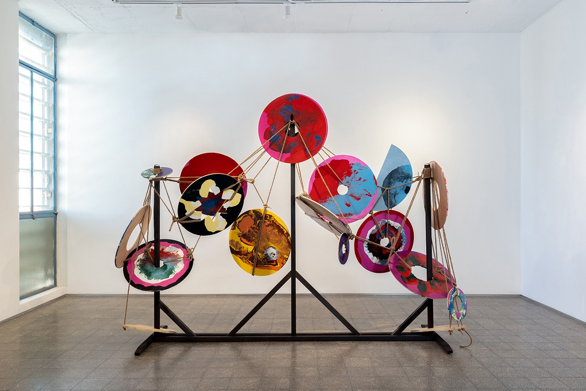The Juggler, 2020, oil and industrial paint, jute rope, metal and plywood, 200x240x85 cm. Photograph: Daniel Hanoch