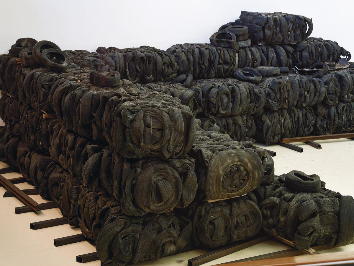 ציבי גבע, 'דרך איפה אני מגיע', מוזיאון הרצליה, 2019-2020. אוצרת: איה לוריא. צילום: אבי אמסלם
